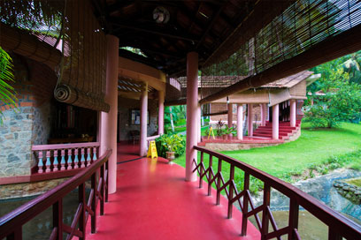 Alley to enter the rejuvenating and relaxing mode | Kairali-The Ayurvedic Healing Village