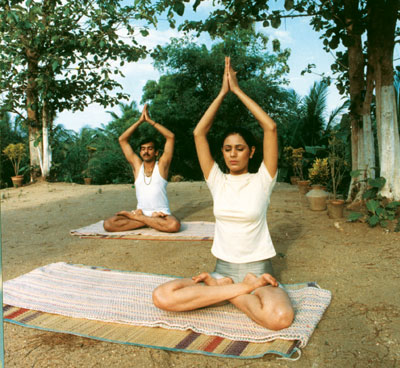 ayurveda  yoga health treatment training course kairali